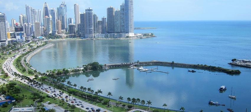 Cinta costera, Panamá